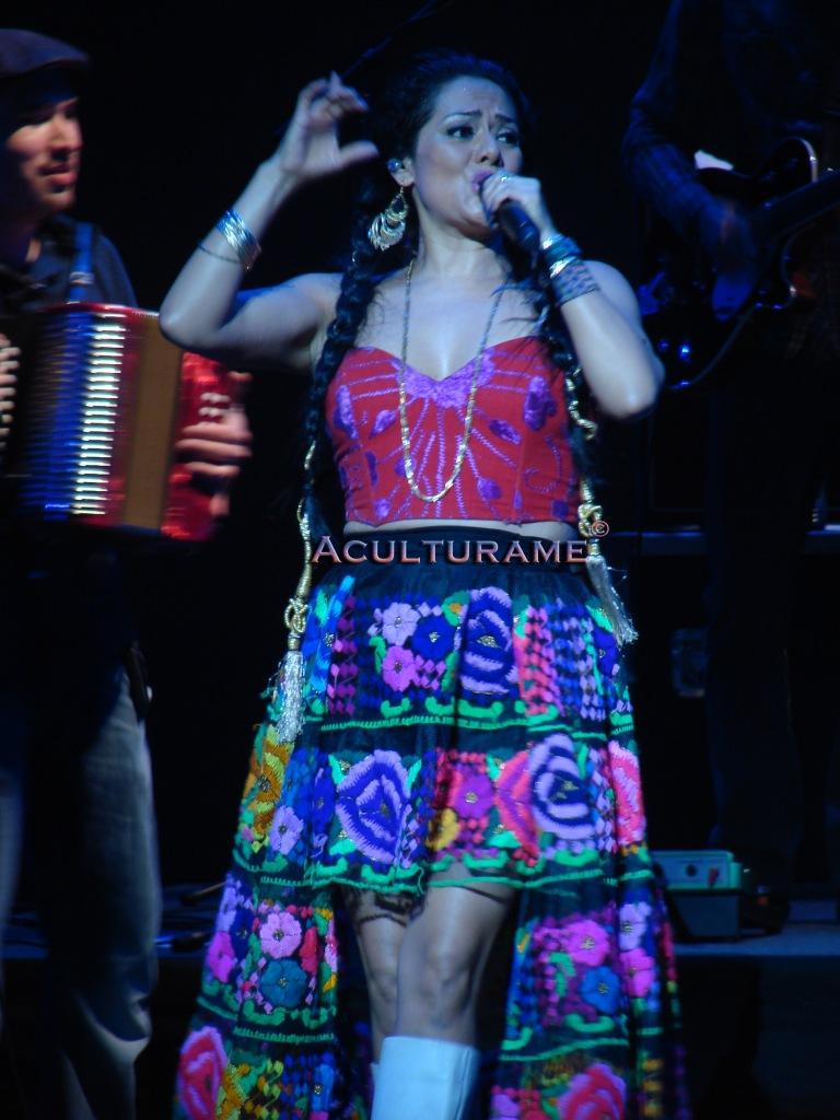 Lyla Downs singing at Hylton Performing Arts Center