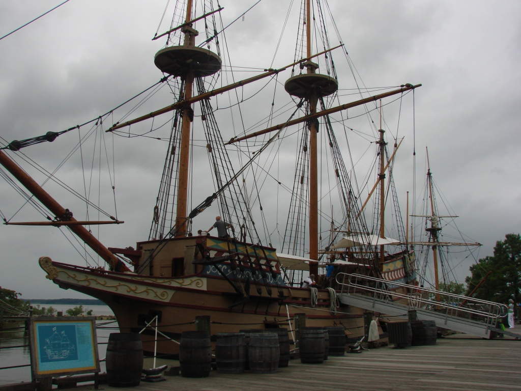 Susan Constant - flagship and one of the three ships that brought the English settlers