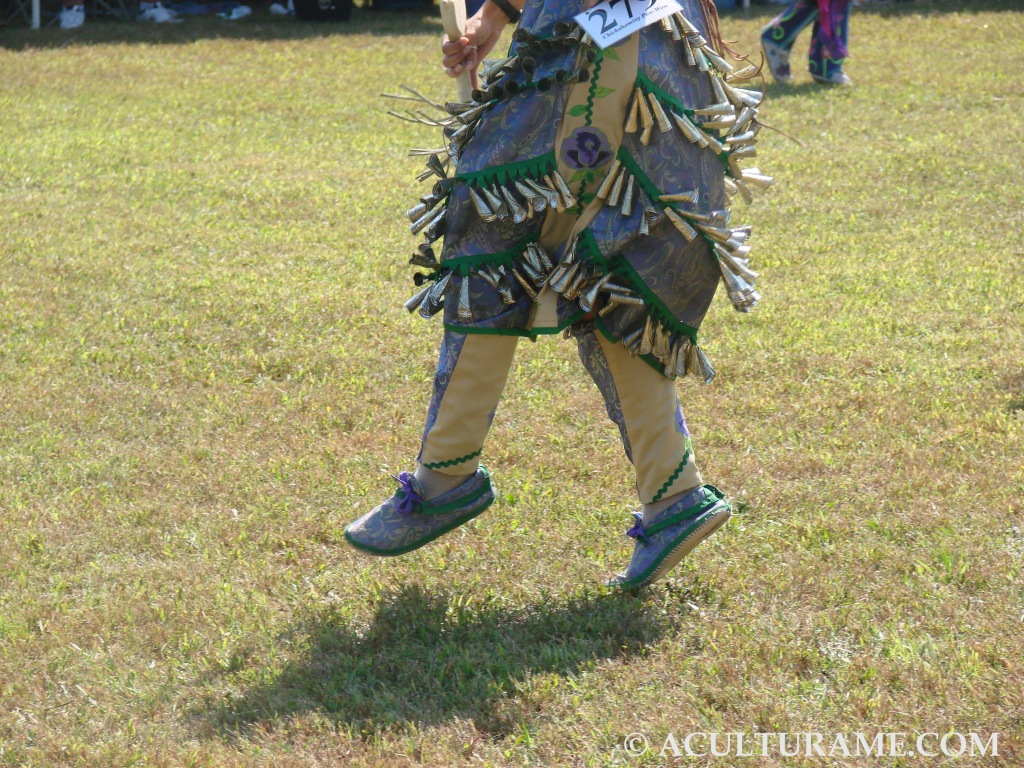 Jingle Dress Dance steps are controlled and the dancer strives to make zigzag patterns