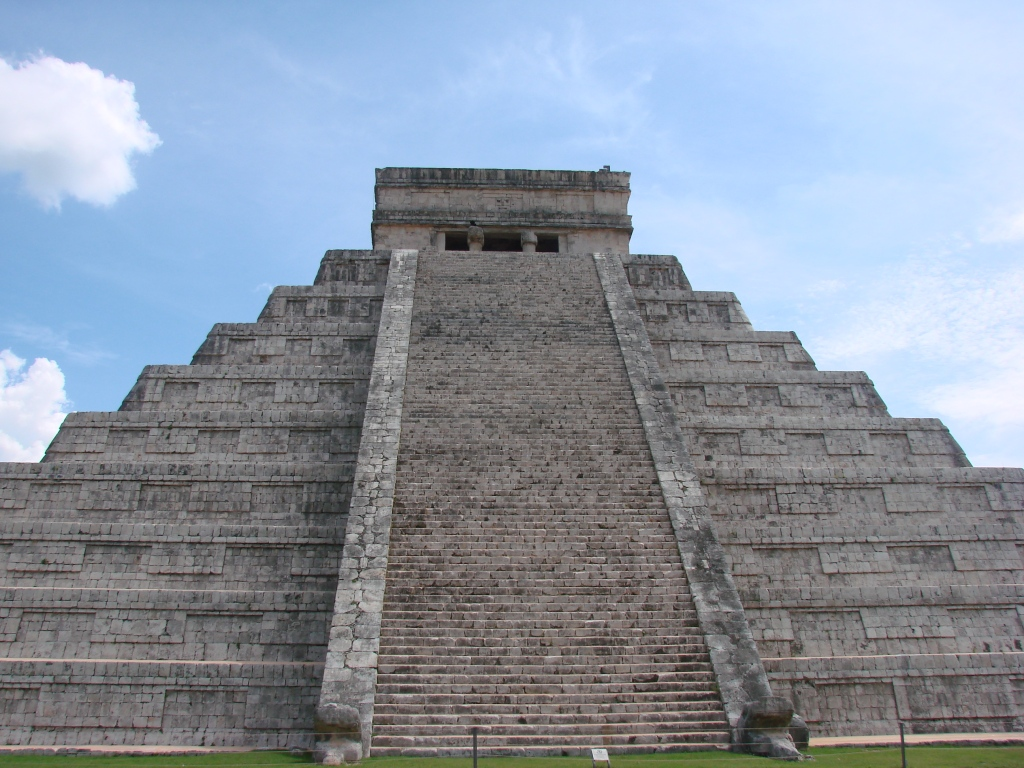 can you imagine standing before this great pyramid during a Maya ceremony?
