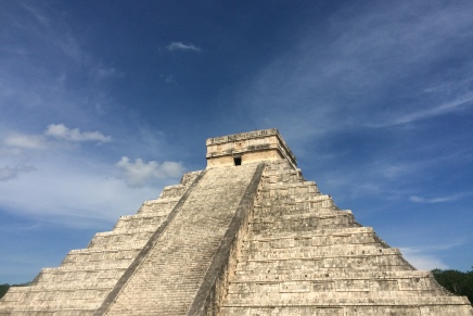 My Visit to Chichén Itzá with a Maya TourGuide