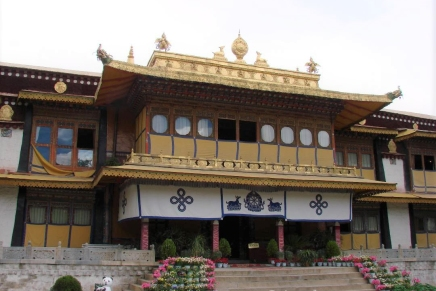 Norbulingka – The Serenity of the JeweledGarden