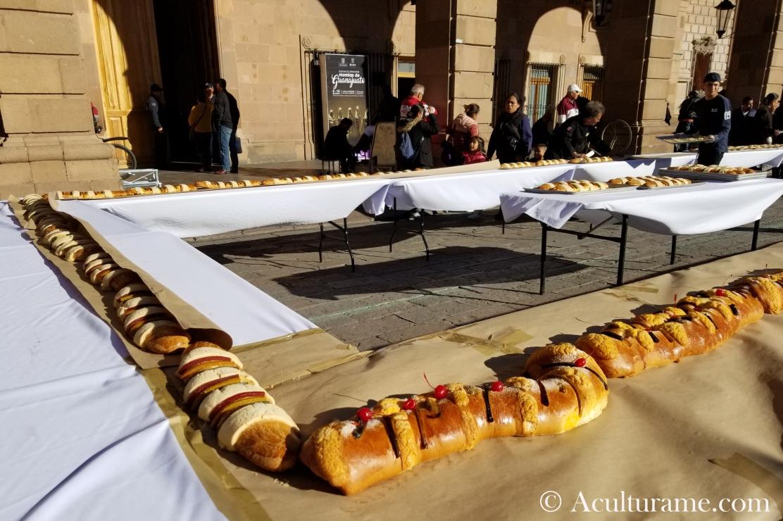 "San Luis Potosí's mile-long ""Rosca de Reyes."""